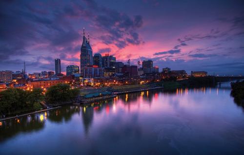 Nashville, TN skyline